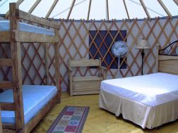 Arrowhead Point Resort Yurt inside